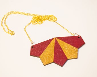 Necklace style art deco red Burgundy and gold glitter