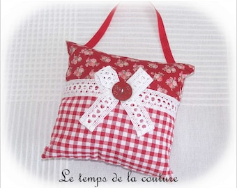 Pillow of door - shades of white and red - with lace - handmade.