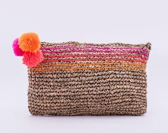 Seegrass Clutch with PomPom pink