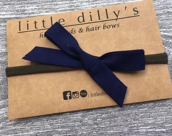 NAVY BLUE BOW || newborn baby headband, little girl hair bow, hair accessories, nylon band, ponytail, pig tail, hair clip