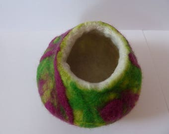 wet felted vessel, felt bowl, felt pot, felt ornament, hand sculpted pot, eco friendly, merino wool, felt art, desk accessory, jewelry bowl,