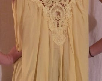 Cotton, viscose and lace yellow tank top