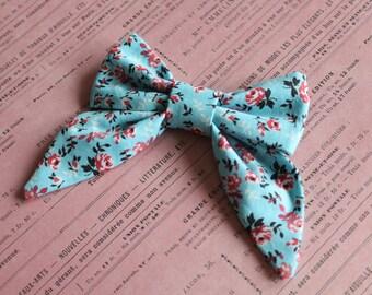 Fall Floral Sailor Bow. Baby Girl Hair Bow. Alligator Clip or Nylon Band