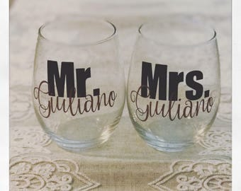 Personalized 15 ounce Mr and Mrs wine glasses! perfect for custom Engagement gift, bridal shower, or wedding gift! Fast shipping!