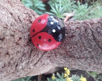 Ladybug - handpainted - ref 4 Ladybug stone