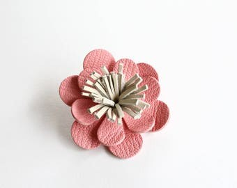 Barrette / clip in pink leather
