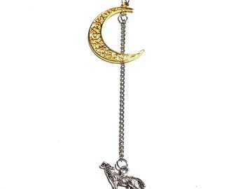 silver Gold-Tone Crescent Moon Werewolf Coyote Pendant Howling Wolf Necklace