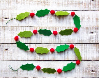 Handmade Felt Christmas Holly Garland, Christmas Felt Holly, Christmas Garland Felt and Pompoms, Christmas decorations, Holiday Ornament