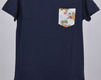 Blue Tropical Slim pocket t-shirt