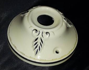 Porcelain light fixture