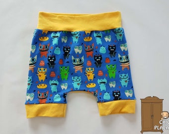 On sale! Shorts funky cats size 6-36M