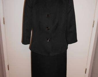 Le Suit Petite women's suit size 10 p
