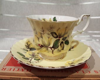 Vintage Royal Albert Teacup and Saucer Bone China England Pale Yellow Pattern 4502