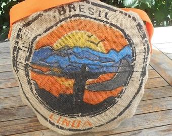 Round unique pattern burlap bag