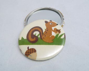 Fabric Pocket mirror: the squirrel in his forest [56mm.