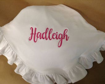White Ruffle Baby Blanket with Embroidered Name, Monogrammed Blanket, Organic Cotton