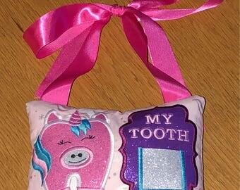 Childrens Unicorn tooth fairy pillow holder