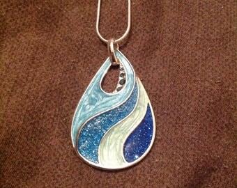 Blue ocean pendant necklace