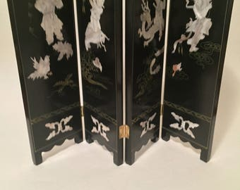 Chinese Mother of Pearl Tabletop Screen