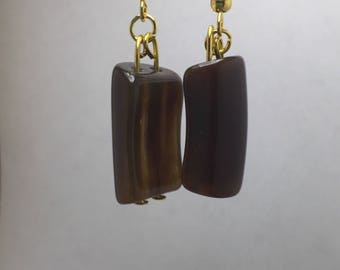 Transparent brown earring