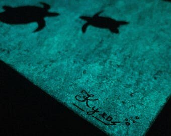 """Turtles in the see """"Glow in the dark"""""""
