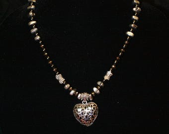 Beautiful black and silver heart pendant necklace