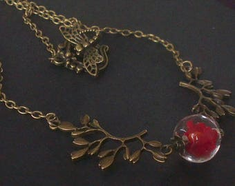 Passionate red and bronze necklace