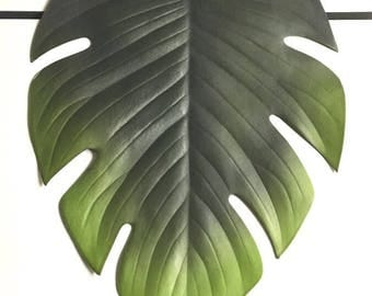 Support tropical leaf placemat
