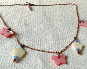 Spring butterflies round necklace