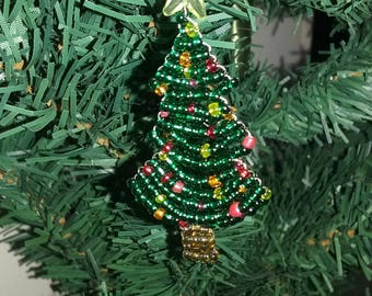 Small Christmas tree seed beads
