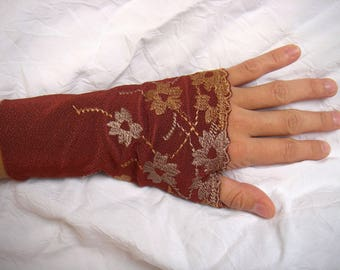 Burgundy fingerless gloves, floral embroidery