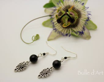Earrings stones obsidian and flowers