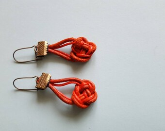 Sailor knot red leather earrings