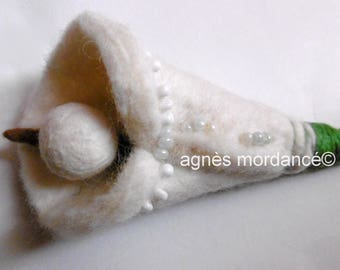 "Large flower brooch ""White"" 18 cm - felted pure wool - OOAK"