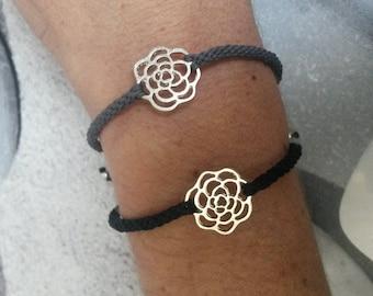 Bracelet flower Japanese braiding says kumihimo