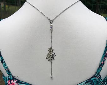 "Back silver metal model ""guirlande de fleurs"" jewelry necklace"