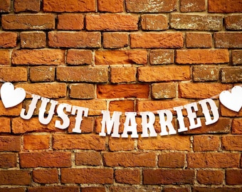JUST MARRIED wedding decoration Garland