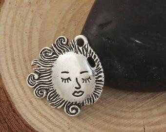 1 pendant charm round Sun accessory Pr Bracelet Necklace 20x20mm within 15 days