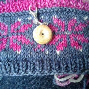 Buyer photo Allyson Schneider, who reviewed this item with the Etsy app for Android.