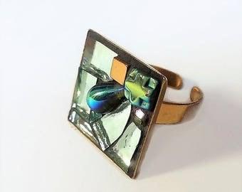 Green metal adjustable square ring gold mosaic
