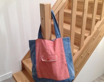 Large tote bag ideal for everyday