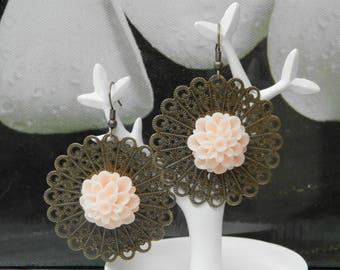 floral decorations (earrings for women)