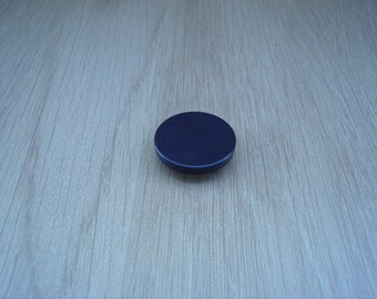 plastic blue purple button to tail