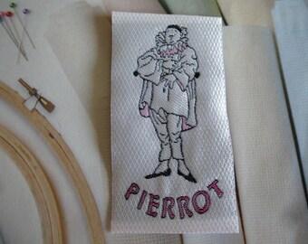 applique pierrot character white patch patch sew 7.5 cm x 4 cm