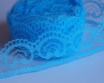❥ 1 meter of pretty lace with blue hearts