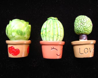 Set of 3 miniature resin/plant Cactus for Dollhouse