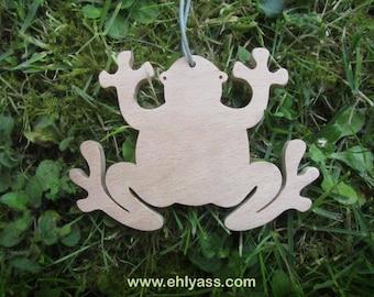 Solid wood made fretwork frog suspension