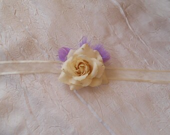 Ribbon flower ivory wedding dress / purple