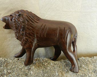 Gift Brown Lion African wood sculpture wood with mane n ° 2