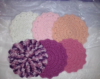 Coasters in shades of pink